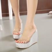 ファッション夏透明加工厚底サンダル 放水ヒール 履き心地いい靴