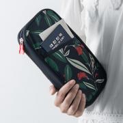 銀行通帳ケース  カードケース パスポートケース  ラウンドファスナー たくさん入る  卸し  おしゃれ レザー 小物 仕入れebuyer01326
